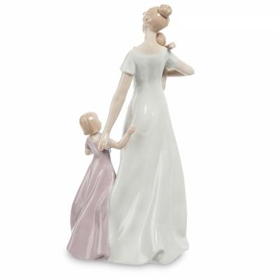 фигурка счастье материнства (pavone)