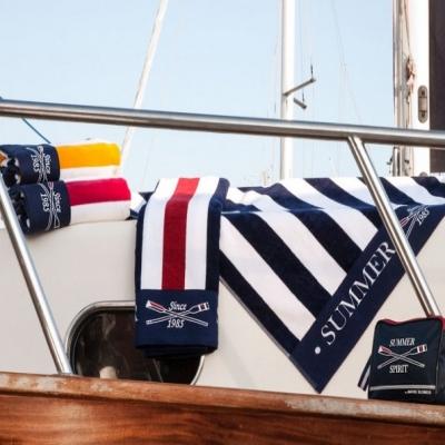 палубное полотенце «spirit» с сумкой для туалетных принадлежностей(marine business)
