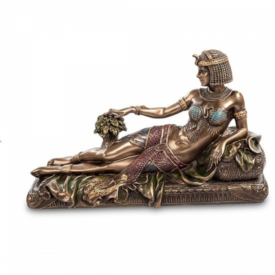 Статуэтка Клеопатра на ложе