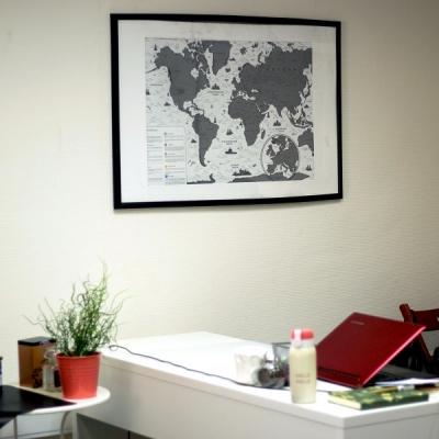 стирательная карта белая