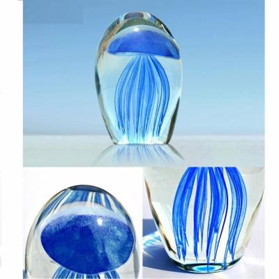 Медуза синего цвета в стекле 9см