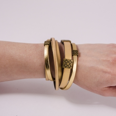 браслет кожаный бежево-золотой