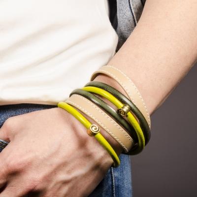 браслет кожаный желтый