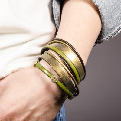 браслет кожаный зелено-золотой