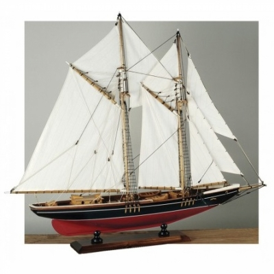яхта bluenose 71см