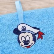 Детское махровое полотенце с Микки Маусом крупный план
