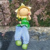 Фигурка девочки с цветами с висячими ножками