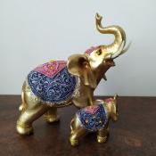 Статуэтка слониха со слоненком золото 20см