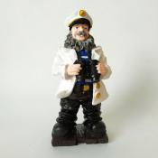 Капитан в белом кителе с биноклем 21см