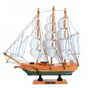 Парусный корабль из дерева