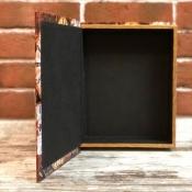 Шкатулка в формате книги Часы