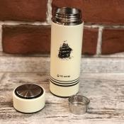 Термос бело-молочный с гравировкой Парусник 0,4л