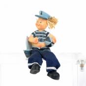 Фигурка мальчика морячка с висячими ножками